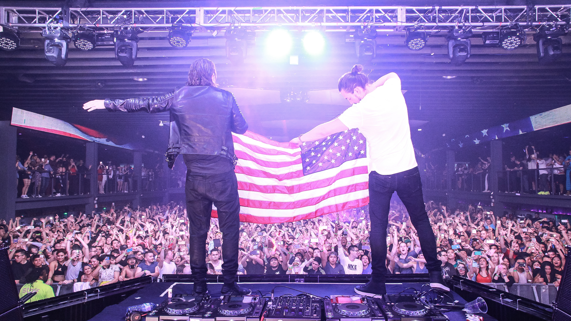 Photo Gallery Dimitri Vegas And Like Mike Live At 930 Club