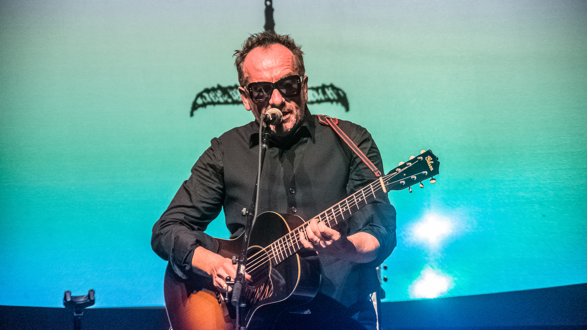 Photo Gallery Elvis Costello Gives Remarkable Acoustic