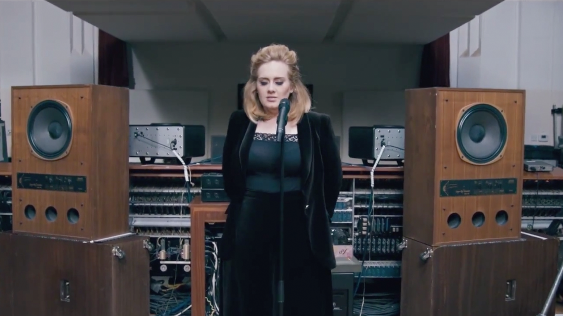 17 Videos That Prove Adele's Voice Came From Another World