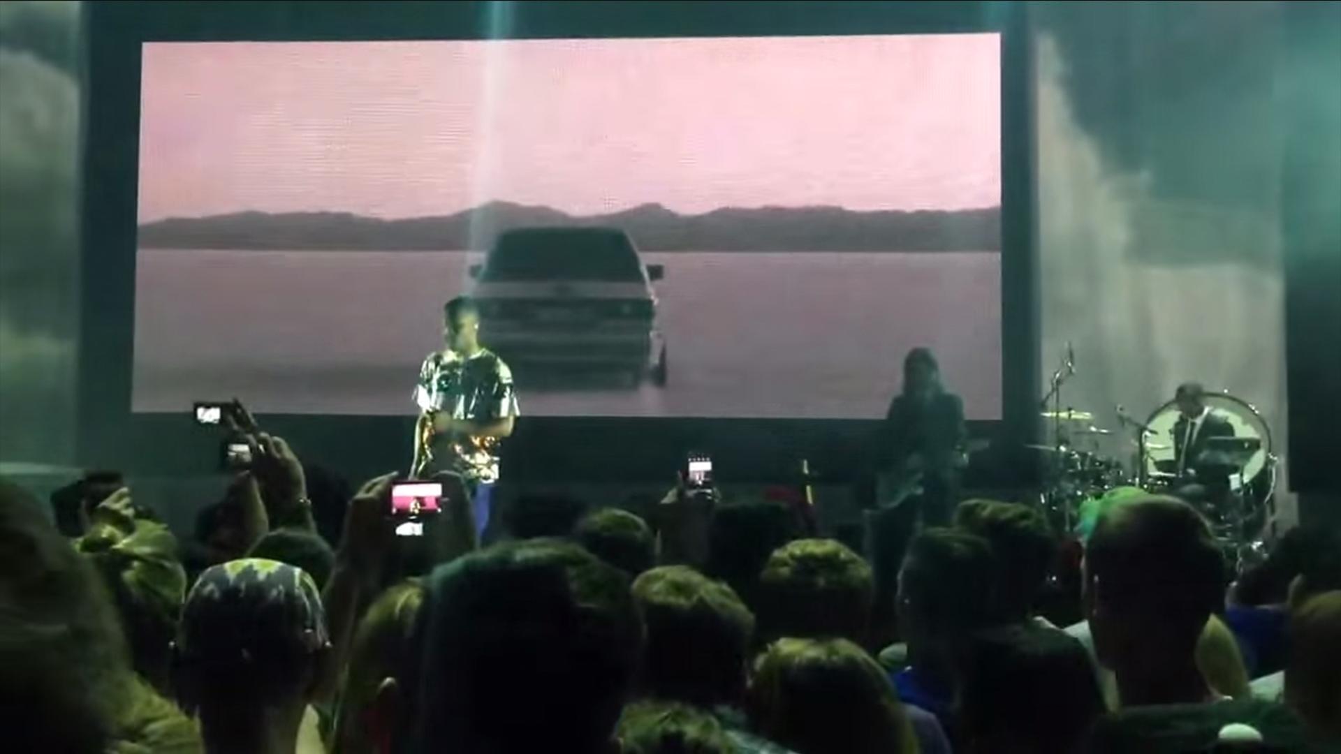 Frank Ocean Performs 'Blonde' Songs Three Years Before ...